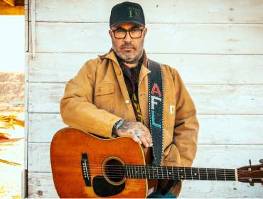 More Info for Aaron Lewis: Acoustic Songs & Stories